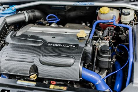A-Zperformance | Carbon-Silver Engine bay kit SAAB 9-3 1