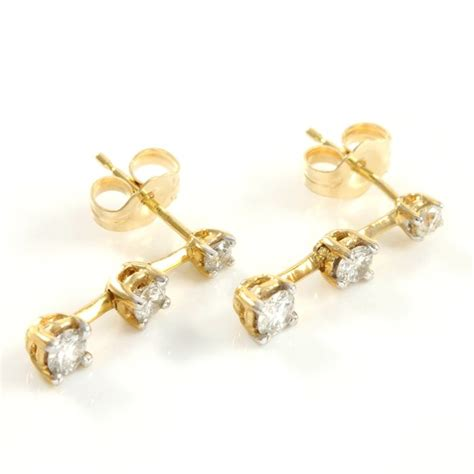 14kt Yellow Gold Stud Earrings Set with 0