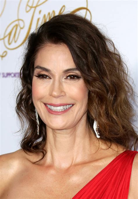 Teri Hatcher photo gallery - 317 high quality pics | ThePlace