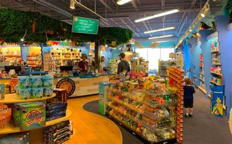 Rapidly expanding Minnesota toy chain to open 'flagship