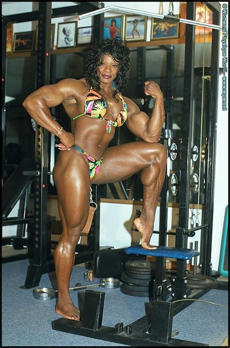 Posing and Flexing | Black Female Muscle