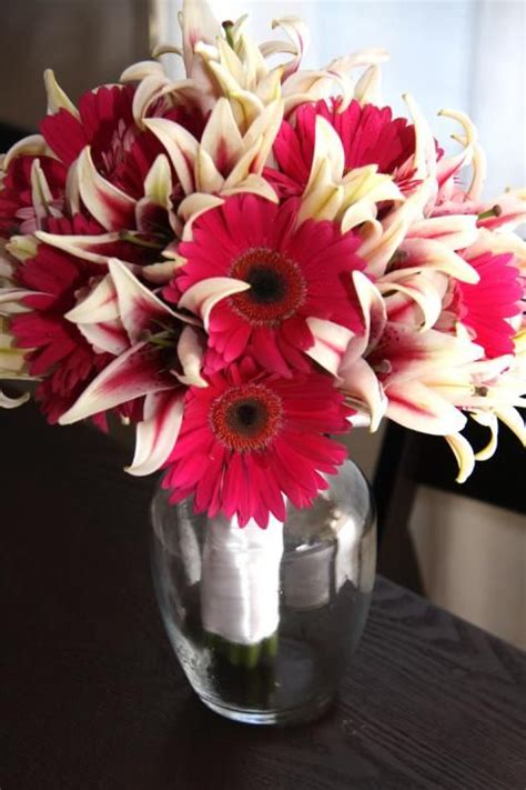 Tiger Lilies and Gerbera Daisies | Daisy bouquet wedding